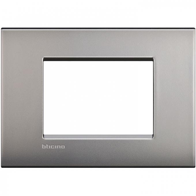 LNC4803NK air  bticino placca 3 posti nichel satinato colore grigio
