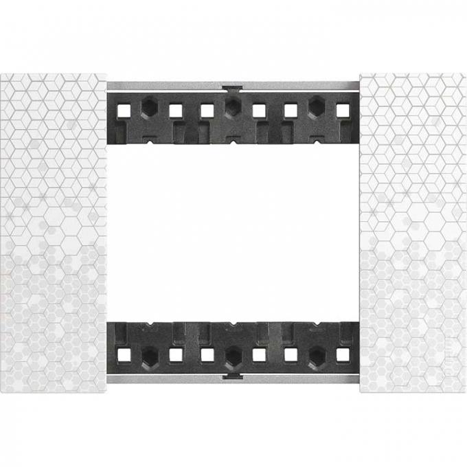 KA4803MW Placca 3 moduli colore Pixel living now bticino