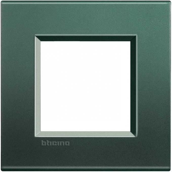 LNA4802PK living international bticino placche  verde 2 posti
