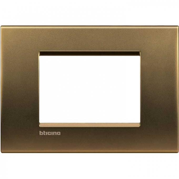 LNA4803BZ living international bticino   placche   bronzo 3  posti