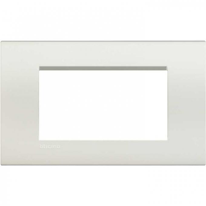 LNA4804BI living international bticino placche bianco 4   posti