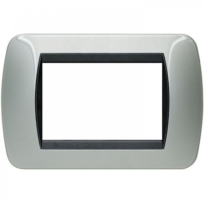 L4803AL living international bticino placche alluminio 3 posti