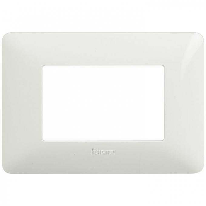 AM4803BBN matix bticino placca 3 moduli colore bianco