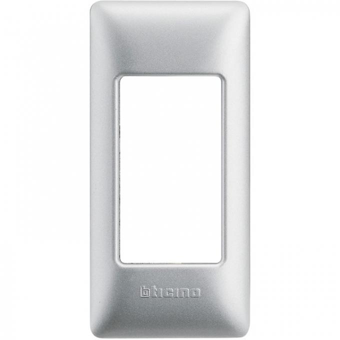AM4811/1SL matix bticino placca per profilati 1 polo colore silver