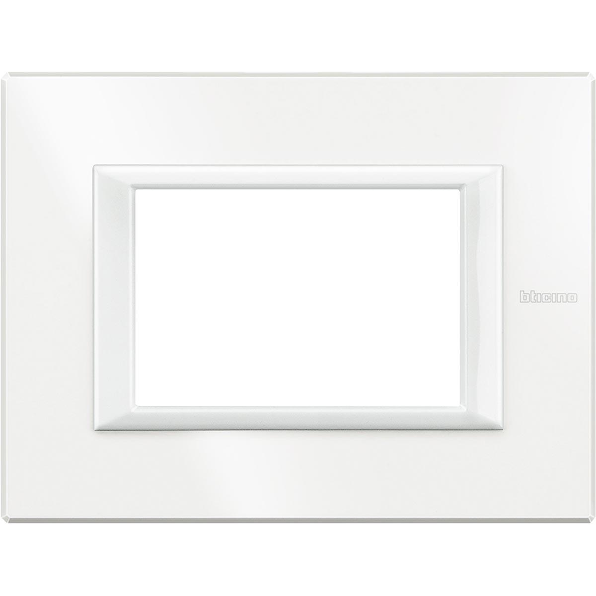 HA4803HD placche axolute bticino bianca 3 posti