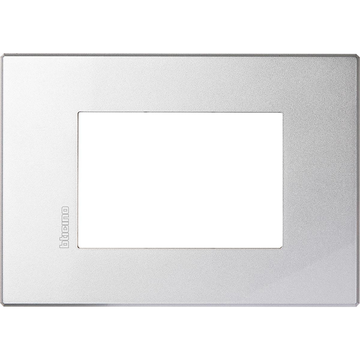 HW4803HC axolute bticino placche air alluminio 3 posti